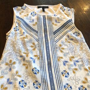 Gorgeous BCBG top size small!